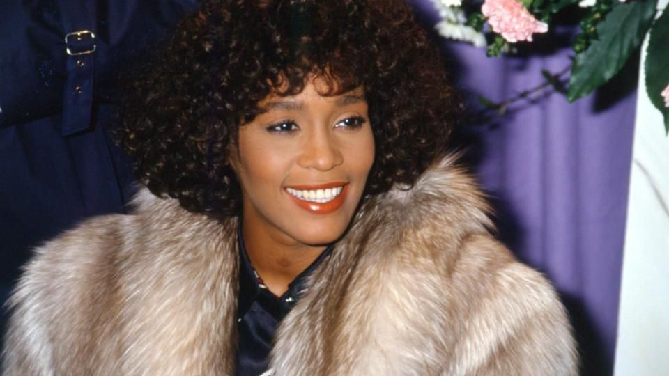Whitney Houstont (Whitney Houstont)