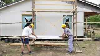 építkezés  (építkezés, építőipar, kőműves, könnyűszerkezet, ablak, ház,)
