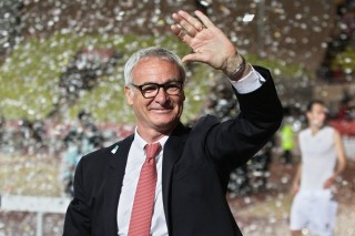 Monaco's Italian coach Claudio Ranieri acknowledges applause from Monaco's supporters following the French L1 football match Monaco (ASM) vs Bordeaux (FCGB) on May 17, 2014 at the Louis-II Stadium in Monaco. AFP PHOTO / JEAN CHRISTOPHE MAGNENET