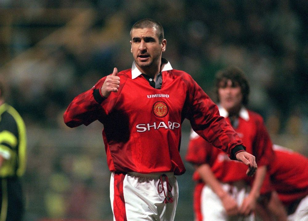 GERMANY - APRIL 09:  FUSSBALL: CHAMPIONS LEAGUE/DORTMUND - MANCHESTER UNITED 1:0 am 9.4.97, Eric CANTONA  (Photo by Bongarts/Getty Images)