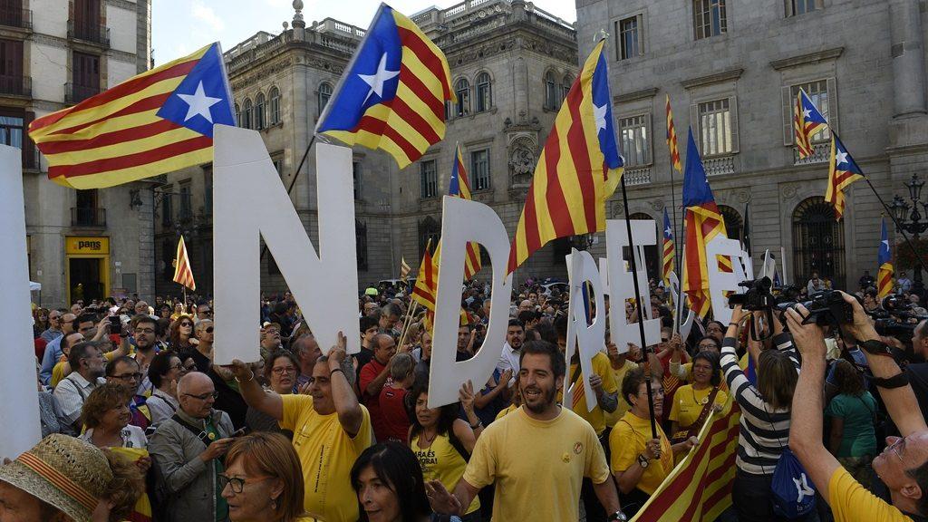 katalán függetlenségi tüntetés (demonstráció, függetlenség, barcelona, )