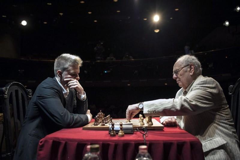 Magyar sakkozók a világranglista élén | 24.hu