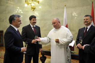 orbán pezsgő (orbán pezsgő)