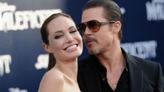 Angelina Jolie és Brad Pitt (Array)