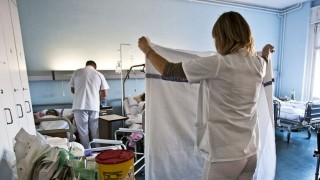 egészségügy - nővér ápoló (Array)
