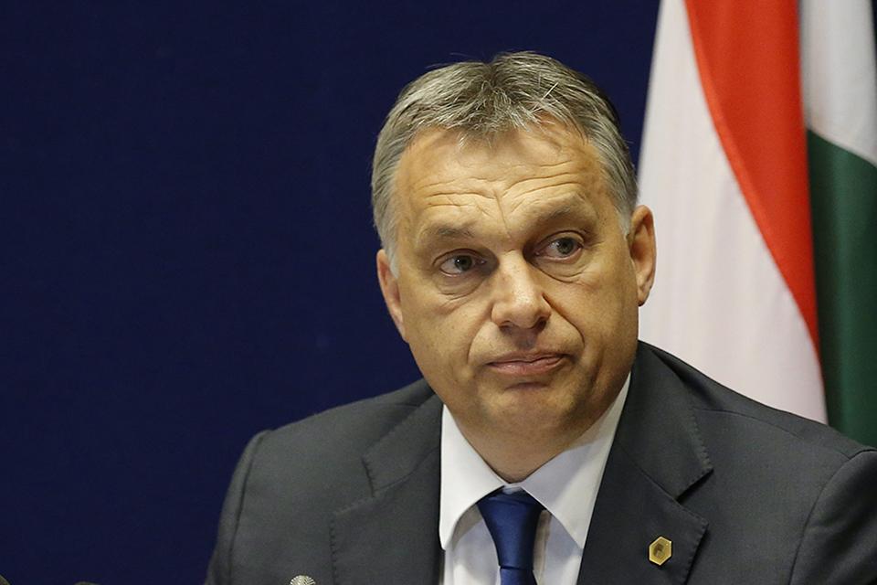 Brüsszel, 2015. június 26.Orbán Viktor miniszterelnök sajtótájékoztatót tart az Európai Unió brüsszeli csúcstalálkozójának végén 2015. június 26-án. (MTI/EPA/Julien Warnand)