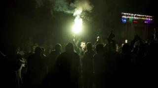 Budapest, 2015. szeptember 12.A Ferencváros szurkolóinak egy csoportja, az ultrák ünnepelnek, miután csapatuk 2-1-re legyőzte az Újpest csapatát a labdarúgó OTP Bank Liga 8. fordulójában játszott mérkőzésen 2015. szeptember 12-én.MTI Fotó: Marjai János