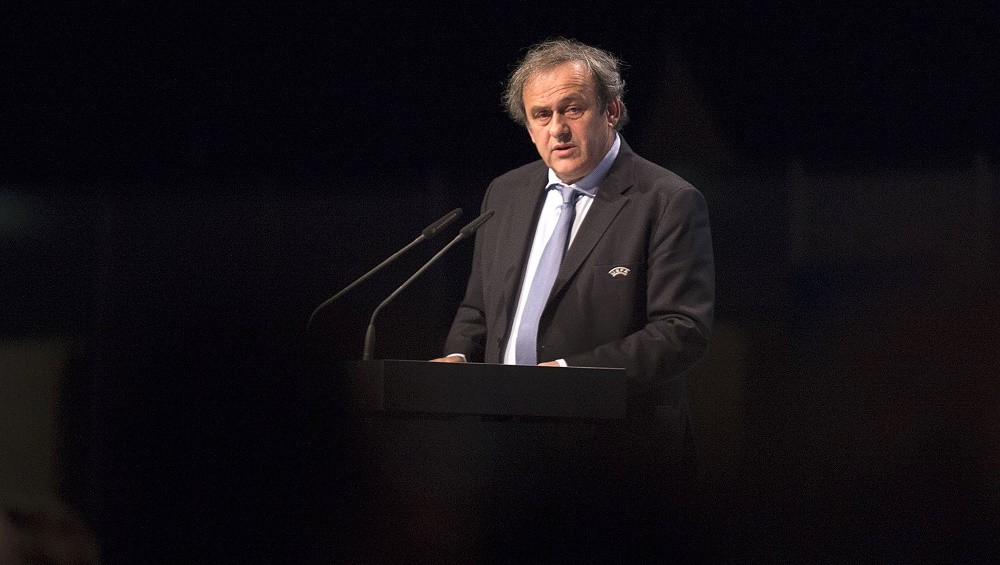 (FILES) - This file picture taken on March 24, 2015 in Vienna shows UEFA President Michel Platini speaking during an ordinary UEFA Congress. Platini has had a first procedural appeal against a 90-day ban from all footballing activities rejected, representatives of the UEFA president revealed on October 26, 2015.    AFP PHOTO / JOE KLAMAR
