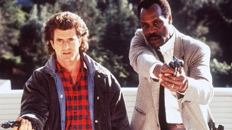 PRV042498 LETHAL WEAPON II - HANDOUT TRANSPARENCY - MOVIE - Mel Gibson and Danny Glover in Lethal Weapon II. [PNG Merlin Archive]