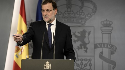 MADRID, SPAIN - SEPTEMBER 28: Spanish Prime Minister Mariano Rajoy speaks during a press conference about Catalonian regional election at La Moncloa Palace in Madrid, Spain on September 28, 2015. Burak Akbulut / Anadolu Agency