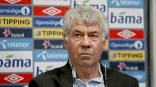 """Outgoing head coach Norway's national football team Egil Olsen attends a press conference in Oslo, on September 27, 2013. Egil """"Drillo"""" Olsen has been sacked after a series of national team's bad results.  AFP PHOTO / SCANPIX / ERLEND AAS   NORWAY OUT"""