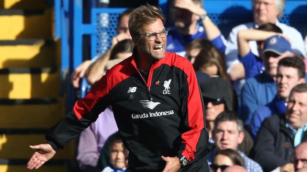 Liverpool's German manager Jurgen Klopp gestures during the English Premier League football match between Chelsea and Liverpool at Stamford Bridge in London on October 31, 2015. AFP PHOTO / JUSTIN TALLIS  RESTRICTED TO EDITORIAL USE. No use with unauthorized audio, video, data, fixture lists, club/league logos or 'live' services. Online in-match use limited to 75 images, no video emulation. No use in betting, games or single club/league/player publications.