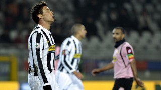 Juventus' player Michele Paolucci expresses his dejection during their Serie A football match Juventus vs Palermo at Olympic Stadium in Turin on February 28, 2009. AFP PHOTO / GIORGIO PEROTTINO