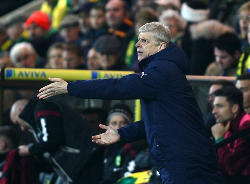 Arsene Wenger manager of Arsenal during the Barclays Premier League match between Norwich and Arsenal played at Carrow Road stadium in Norwich on 29 November, 2015 - Photo Michael Zemanek / BPI / DPPI