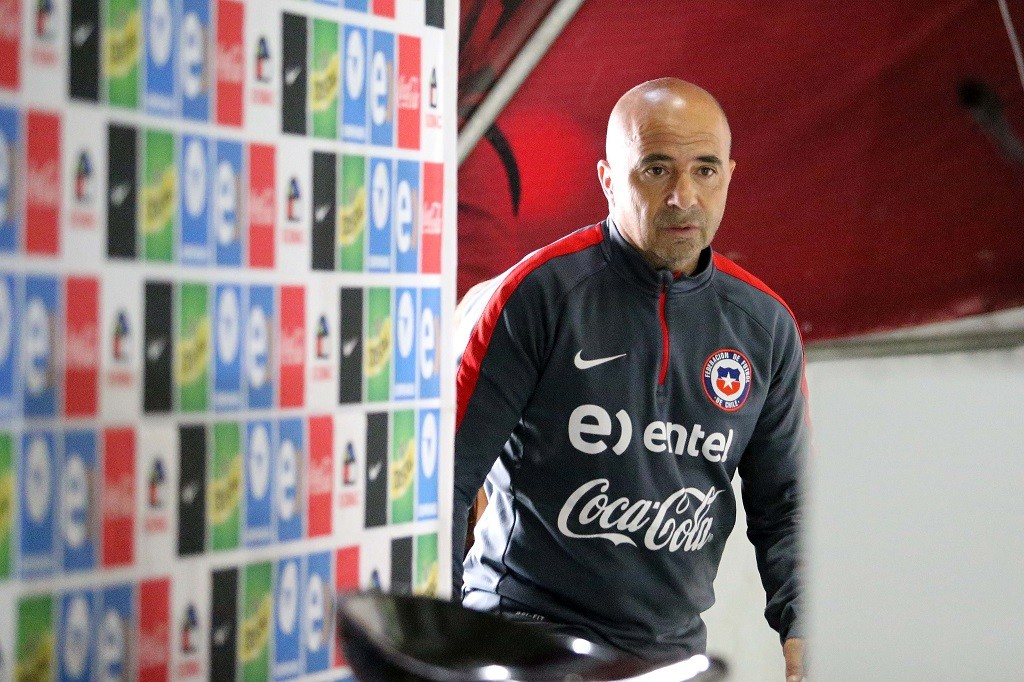 """Handout picture released by ANFP showing Chile's national football team coach Jorge Sampaoli during a press conference  in Santiago on November 16, 2015. AFP PHOTO / ANFP/CARLOS PARRA      RESTRICTED TO EDITORIAL USE - MANDATORY CREDIT """"AFP PHOTO / ANFP/CARLOS PARRA"""" - NO MARKETING NO ADVERTISING CAMPAIGNS - DISTRIBUTED AS A SERVICE TO CLIENTS / AFP / ANFP / CARLOS PARRA"""