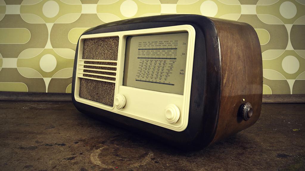"""Képtalálat a következőre: """"rádió magyar"""""""