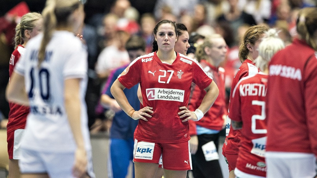 Denmark's Louise Burgaard reacts after the 5th place match between Denmark and Russia at the 2015 Women's World Handball Championship in Herning, Denmark, on December 20, 2015. / AFP / Scanpix Denmark AND Scanpix / Henning Bagger / Denmark OUT / RESTRICTED TO EDITORIAL USE