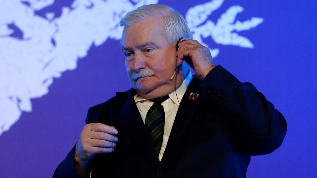 Polish 1983 Nobel peace laureate Lech Walesa sits on the second day of the XV World Summit of Nobel Peace Laureates in Barcelona, on November 14, 2015. The bloody attacks on Paris cast an emotional cloud on a Nobel Peace Prize gathering in Barcelona today, as shocked laureates poured out their sympathy for the French capital following the coordinated killings that saw 128 people die and over 200 wounded.   AFP PHOTO/ JOSEP LAGO / AFP / JOSEP LAGO
