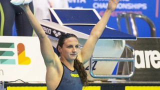 Bulgaria's Katinka Hosszu reacts after breaking a new world record during the preliminary of the women's 400m medley at the 18th European Short Course Swimming Championship in the Israeli Coastal city of Netanya on December 2, 2015. AFP PHOTO / JACK GUEZ / AFP / JACK GUEZ