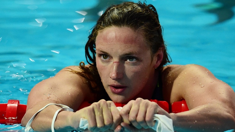 Hungary's Katinka Hosszu reacts after the semi-finals of the women's 200m butterfly swimming event at the 2015 FINA World Championships in Kazan on August 5, 2015. AFP PHOTO / CHRISTOPHE SIMON / AFP / CHRISTOPHE SIMON