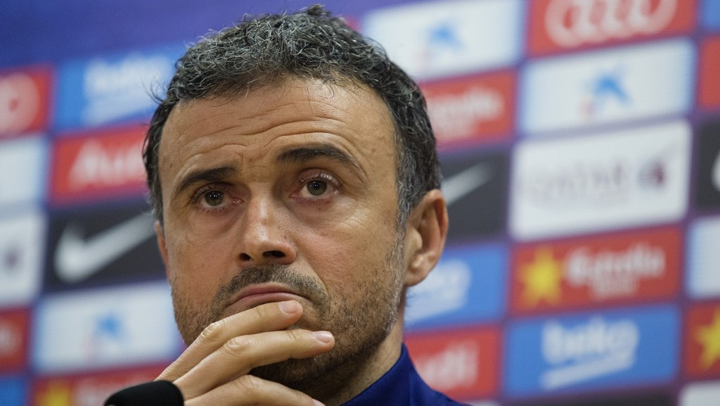 Barcelona's coach Luis Enrique gestures during a press conference at the Sports Center FC Barcelona Joan Gamper in Sant Joan Despi, near Barcelona on January 1, 2016.   AFP PHOTO/ PAU BARRENA / AFP / PAU BARRENA
