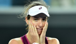 Britain's Johanna Konta celebrates after victory in her women's singles match against Russia's Ekaterina Makarova  on day eight of the 2016 Australian Open tennis tournament in Melbourne on January 25, 2016. AFP PHOTO / PETER PARKS-- IMAGE RESTRICTED TO EDITORIAL USE - STRICTLY NO COMMERCIAL USE / AFP / PETER PARKS