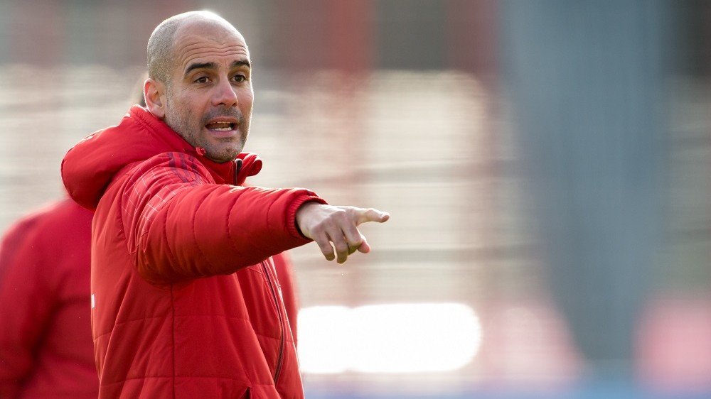 Munich's head coach PepGuardiola oversees a training session of German Bundesliga soccer club FCBayern Munich in Munich,Germany, 05 January 2016. The team of FCBayern Munich is to head to Doha, Qatar, on 06 January for a training camp. Photo:PETERKNEFFEL/dpa