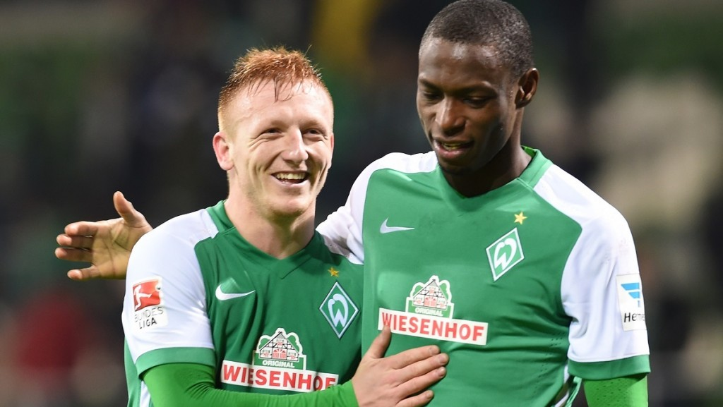 Werder's new signing Laszlo Kleinheisler (l) and Anthony Ujah pictured after the German Bundesliga football match between Werder Bremen and Hertha BSC at the Weserstadion in Bremen, Germany, 30 Janaury 2016. PHOTO: CARMEN JASPERSEN/DPA   (EMBARGO CONDITIONS - ATTENTION: Due to the accreditation guidelines, the DFL only permits the publication and utilisation of up to 15 pictures per match on the internet and in online media during the match.)