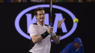 MELBOURNE, AUSTRALIA - JANUARY 27:  Andy Murray of Great Britain returns a shot in his quarter final match against David Ferrer of Spain during day 10 of the 2016 Australian Open at Melbourne Park on January 27, 2016 in Melbourne, Australia. Recep Sakar / Anadolu Agency