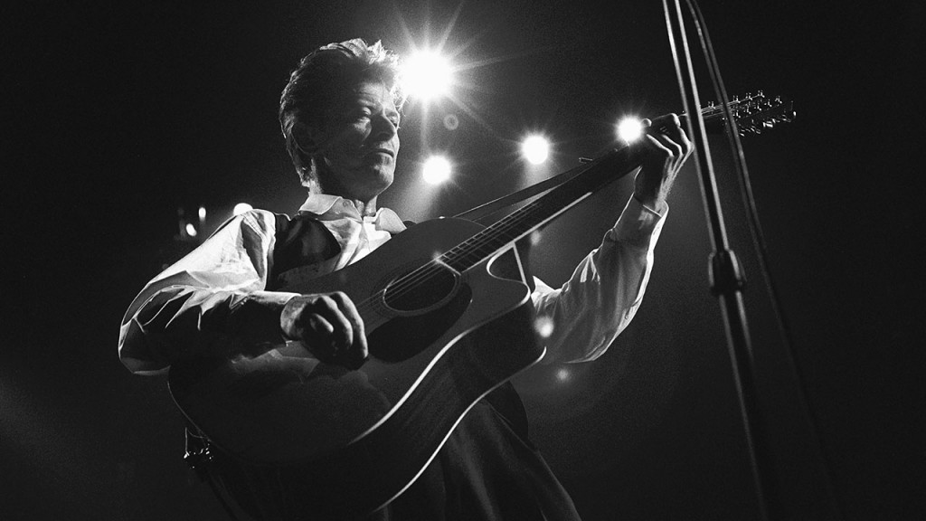 David Bowie, vocal, performs at the Ahoy hal in Rotterdam, the Netherlands on 30th March 1990. (Photo by Frans Schellekens/Redferns)
