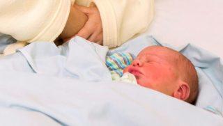 Újévi baba - Egy győri kisfiú lett 2016 első újszülöttje