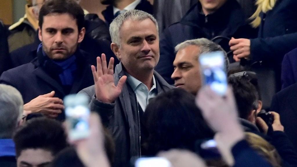"Former Inter Milan's coach from Portugal Jose Mourinho arrives at the Italian Serie A football match Inter Milan' vs Sampdoria' at ""San Siro"" Stadium in Milan on Febrauary 20, 2016.  / AFP / GIUSEPPE CACACE"