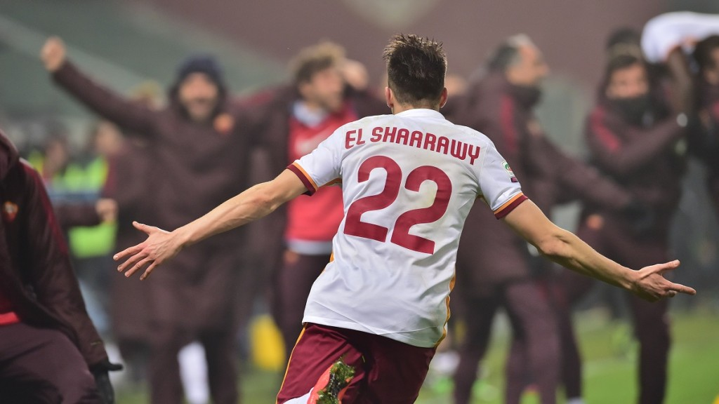 "Roma's forward from Italy Stephan El Shaarawy celebrates after scoring during the Italian Serie A football match between Sassuolo and AS Roma at ""Mapei Stadium""  in Reggio Emilia on February 2, 2016. AFP PHOTO / GIUSEPPE CACACE / AFP / GIUSEPPE CACACE"