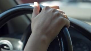 hand on the steering wheel