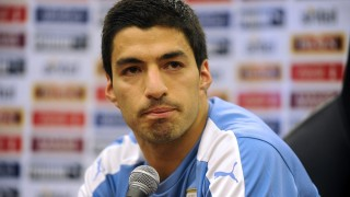 Uruguay player Luis Suarez delivers a press conference in the Complejo Celeste in Montevideo on March 22, 2016 after the national team's practice ahead of the World Cup 2018 qualifier match against Brazil on March 25.  AFP PHOTO/ Miguel ROJO / AFP / MIGUEL ROJO