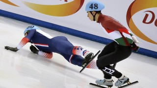 2778660 01/24/2016 From left: France's Vincent Jeanne and Hungary's Shaoang Liu during the men's 1000m semifinal race at the European Short Track Speed Skating Championships in Sochi, Russia. Vladimir Pesnya/Sputnik