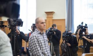 Nyíregyháza, 2016. március 9. A Balla Irma debreceni önkormányzati képviselõ meggyilkolásával vádolt D. Lajos az ellene nyereségvágyból, különös kegyetlenséggel elkövetett emberölés bûntette miatt indult büntetõper tárgyalásán a Nyíregyházi Törvényszéken 2016. március 9-én. MTI Fotó: Balázs Attila