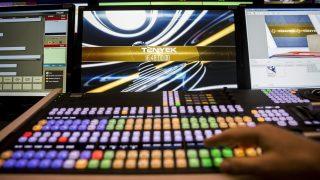 Budapest, 2014. március 17. A TV2 kereskedelmi televízió új, HD-technológiával mûködõ, automatizált stúdióvezérlõje a XIV. kerületi Róna utcai stúdióban 2014. március 17-én. MTI Fotó: Mohai Balázs