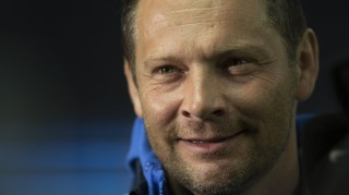 Hertha's Hungarian head coach Pal Dardai reacts prior to the German Bundesliga first division football match between Hertha Berlin and Hannover 96 in Berlin, on April 8, 2016.   / AFP PHOTO / AXEL SCHMIDT