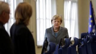 German Chancellor Angela Merkel arrives for a visit at Germany's Joint Terrorism Defense Center GATZ (Gemeinsames Terrorismusabwehrzentrum), in Berlin, on April 26, 2016. / AFP PHOTO / POOL / Markus Schreiber