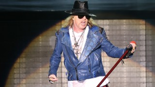 Lead singer Axl Rose perfoms during a Guns N' Roses concert at Anhembi Arena, in Sao Paulo, southeastern Brazil, on March 28, 2014. Photo: DANIEL TEIXEIRA/ESTADAO CONTEUDO