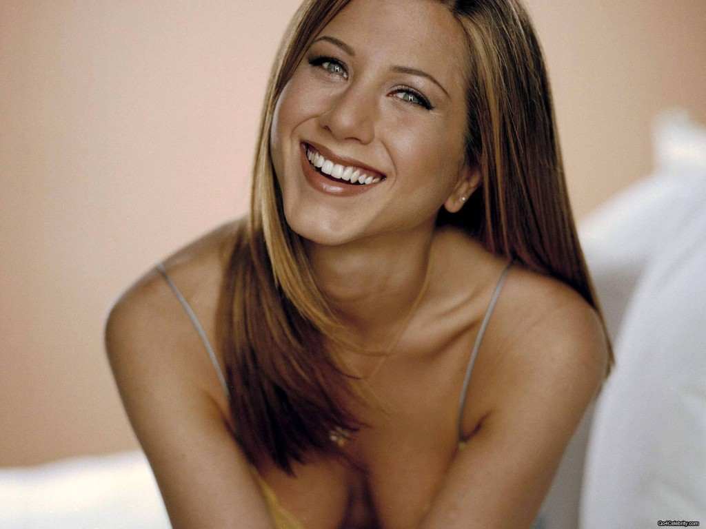 Jennifer-Aniston-053