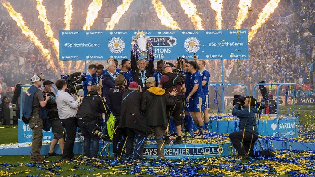 Kasper Schmeichel lifts the Barclays Premier League trophy in celebration after the Barclays Premier League match between Leicester City and Everton, played at The King Power Stadium, Leicester, England, on May 7, 2016 - Photo Paul Greenwood / BPI / DPPI