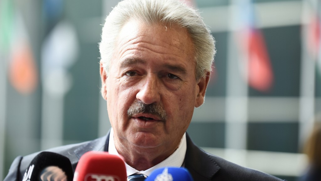 Luxemburg's Foreign minister Jean Asselborn addresses journalists as he arrives for an EU Foreign Affairs Council meeting in Luxembourg on April 18, 2016.  / AFP PHOTO / JOHN THYS
