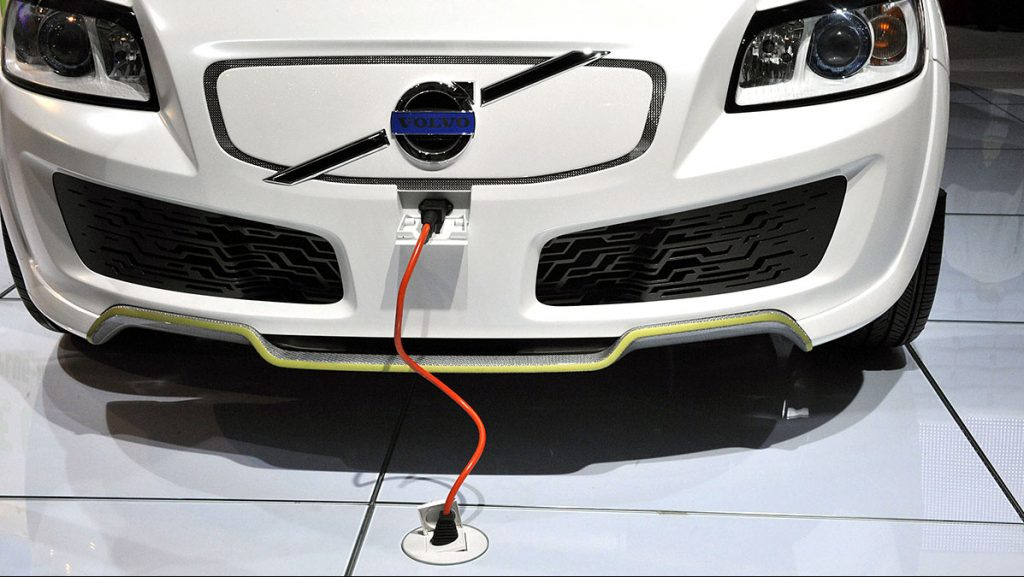 FRANCE - OCTOBER 02:  Volvo electric car in Paris, France on October 02nd, 2008.  (Photo by Alain BENAINOUS/Gamma-Rapho via Getty Images)