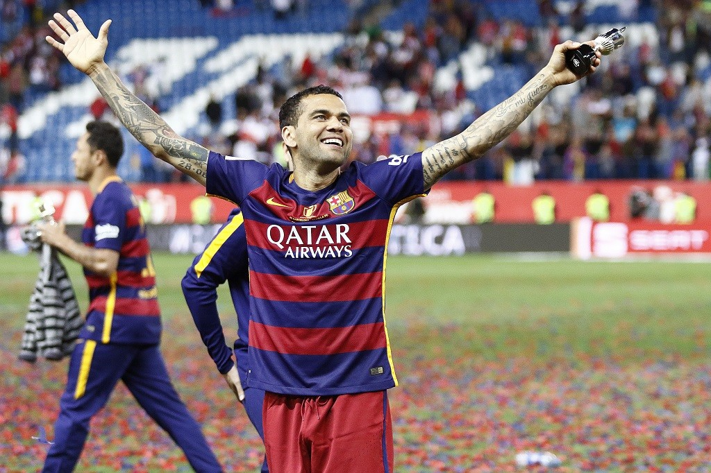 Daniel Alves of Barcelona celebrates the victory after the Spanish Cup, Copa del Rey, final football match between FC Barcelona and Sevilla FC on May 22, 2016 played at the Vicente Calderon stadium in Madrid, Spain - Photo Bagu Blanco / Backpage Images / DPPI