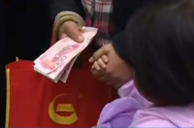=== NO ARCHIVE IMAGE === ATN. DONATE02. If you steal a chicken leg you got donation. SCMP Pictures (UNDATED HANDOUT)