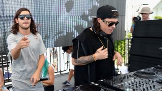 MIAMI, FLORIDA - MARCH 18: DVBBS performs at SiriusXM's 'UMF Radio' Broadcast Live From The SiriusXM Music Lounge at 1 Hotel South Beach at 1 Hotel South Beach on March 18, 2016 in Miami, Florida.   Gustavo Caballero/Getty Images for SiriusXM/AFP / AFP PHOTO / GETTY IMAGES NORTH AMERICA / Gustavo Caballero