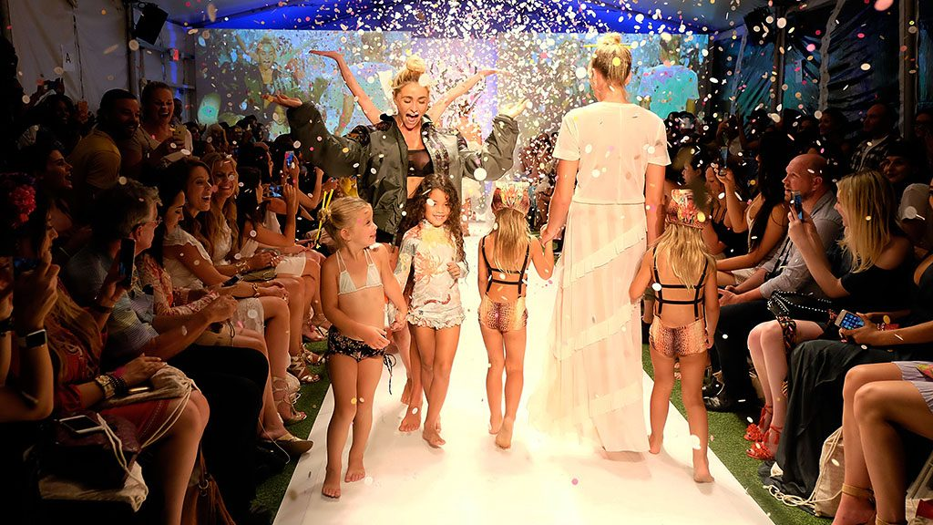 MIAMI BEACH, FL - JULY 15: Models walk the runway during the Hot-As-Hell 2017 Collection at SwimMiami at W South Beach on July 13, 2016 in Miami Beach, Florida.   Frazer Harrison/Getty Images for Hot-As-Hell/AFP / AFP PHOTO / GETTY IMAGES NORTH AMERICA / Frazer Harrison