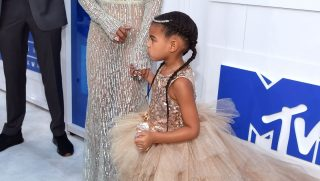 NEW YORK, NY - AUGUST 28: Beyonce and Blue Ivy attend the 2016 MTV Video Music Awards at Madison Square Garden on August 28, 2016 in New York City.   Larry Busacca/Getty Images/AFP / AFP PHOTO / GETTY IMAGES NORTH AMERICA / Larry Busacca